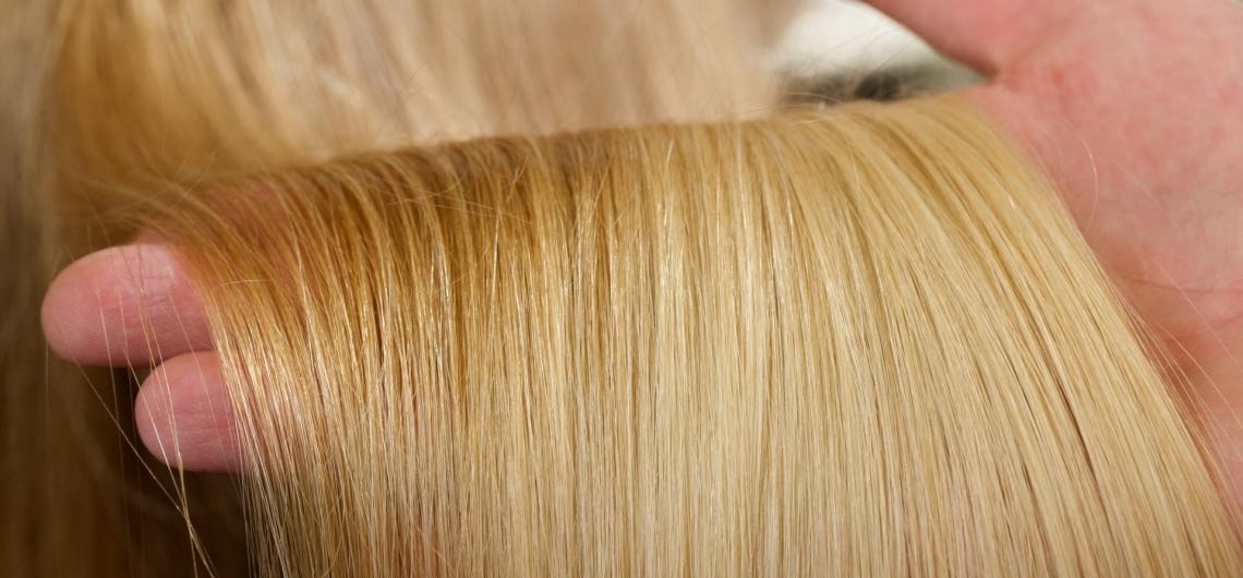 checking bleached hair