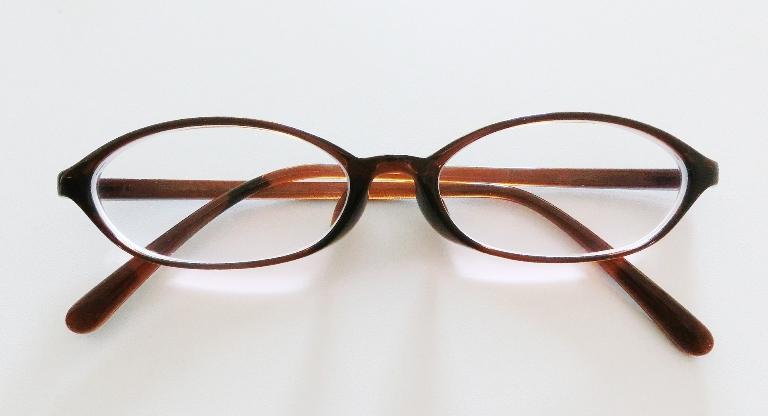 oval glasses for heart shape face shape