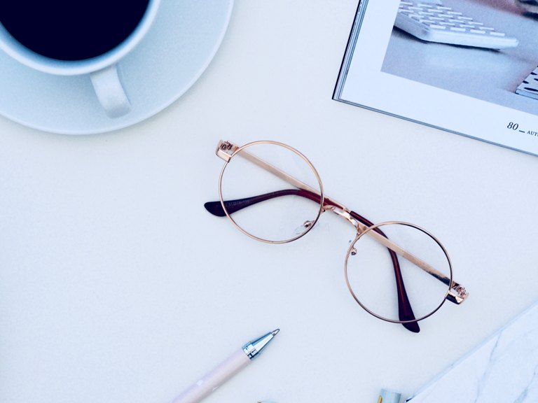 rounded glasses for square face shape
